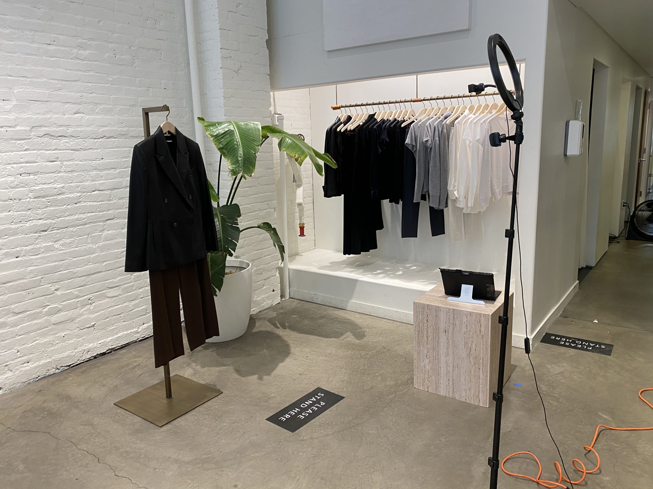 Turning The Physical Store Into a LiveStream Site | VISX